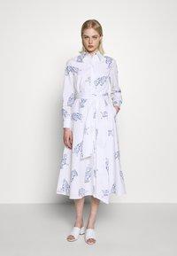 IVY & OAK - MIDI DRESS - Korte jurk - bright white - 1