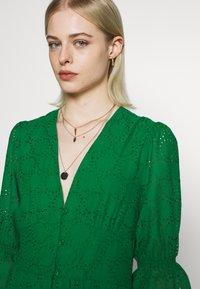 IVY & OAK - BROIDERY ANGLAISE DRESS - Day dress - secret garden green - 5