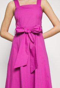 IVY & OAK - STRAP DRESS ANKLE LENGTH - Vestido informal - super pink - 7