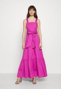 IVY & OAK - STRAP DRESS ANKLE LENGTH - Vestido informal - super pink - 0