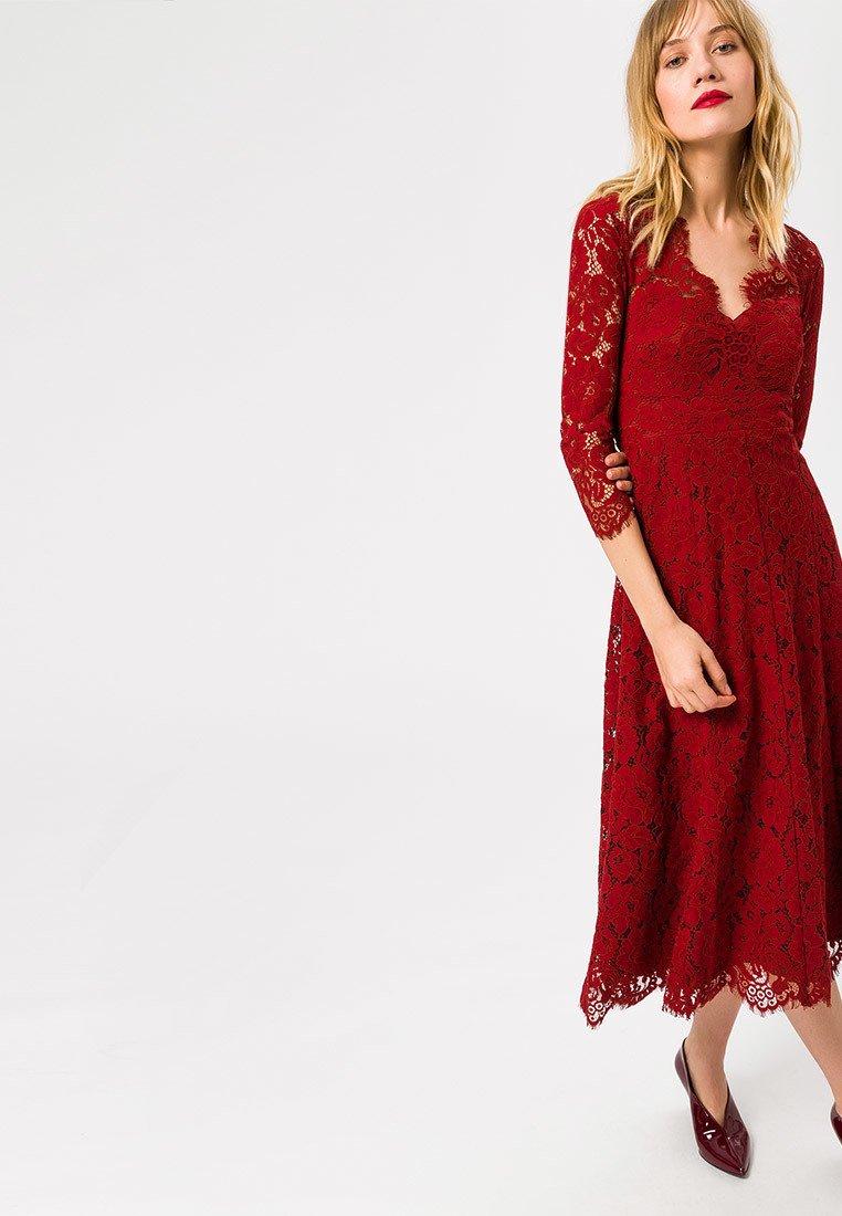 IVY & OAK - Vestido de cóctel - red