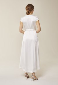 IVY & OAK - Robe de cocktail - white - 2