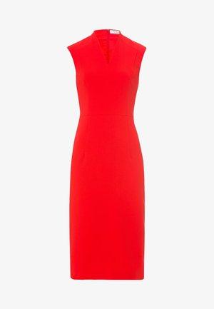 HIGH COLLAR COCKTAIL DRESS - Robe fourreau - red