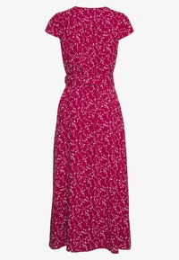 IVY & OAK - WRAP DRESS MIDI LENGTH - Freizeitkleid - cassis sorbet - 3