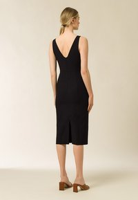 IVY & OAK - BODYCON DRESS - Shift dress - black