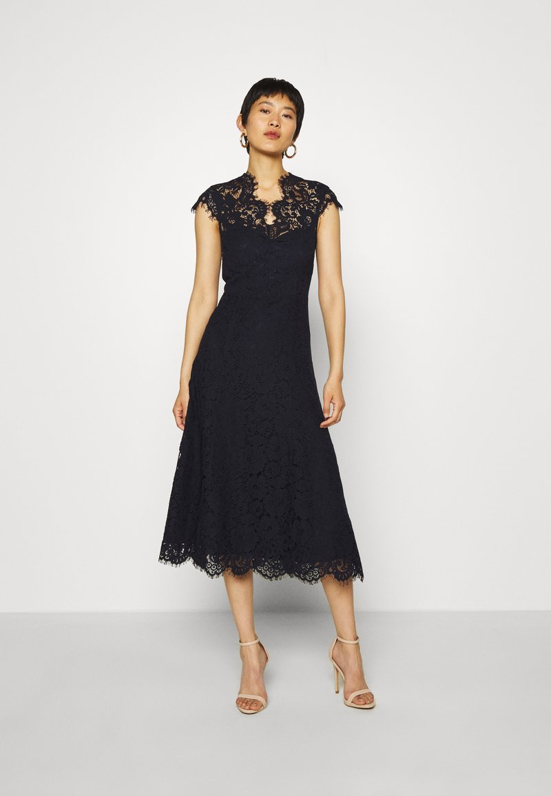 IVY & OAK - DRESS MIDI - Vestido de cóctel - navy blue