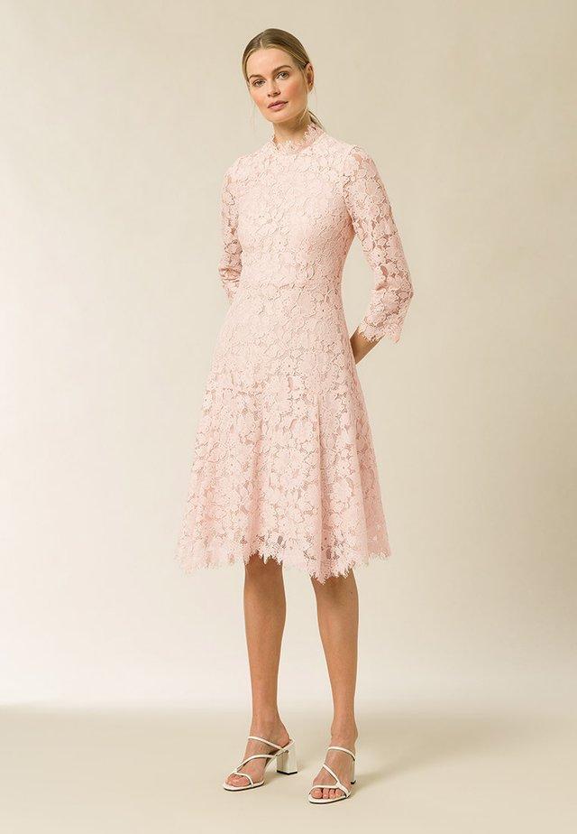 Sukienka letnia - rose cloud