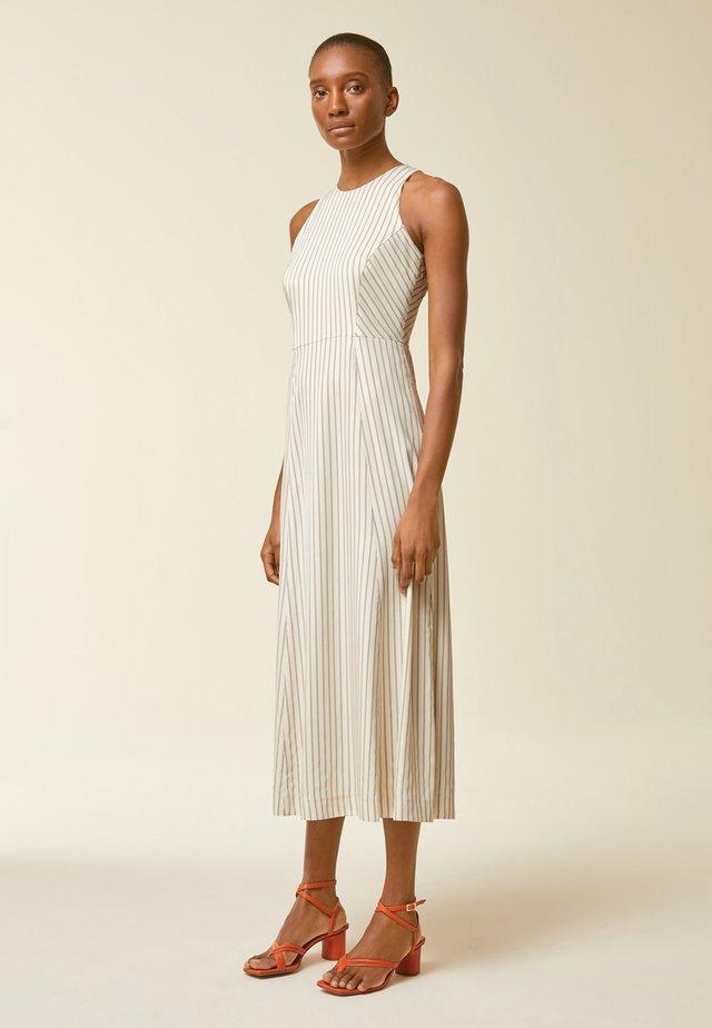 Korte jurk - light sand