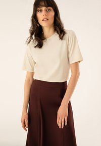 IVY & OAK - ROUND NECK - T-Shirt basic - light sand - 0