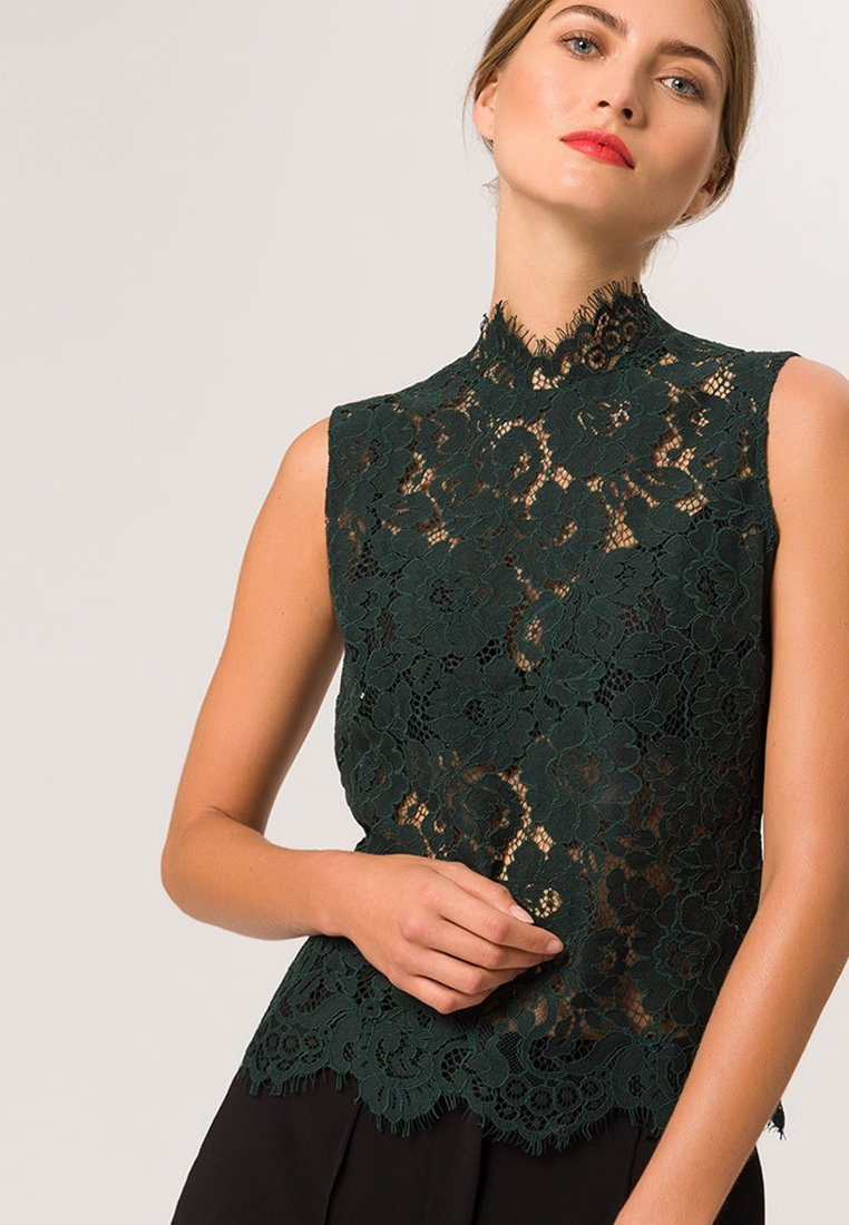 IVY & OAK - STAND UP COLLAR - Bluse - bottle green