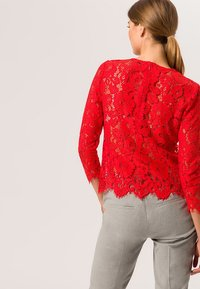 IVY & OAK - WITH SLEEVES - Pusero - light red - 2