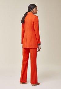 IVY & OAK - Blazer - mandarin red - 2