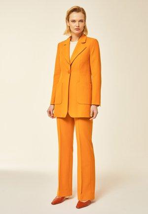 Manteau court - orange