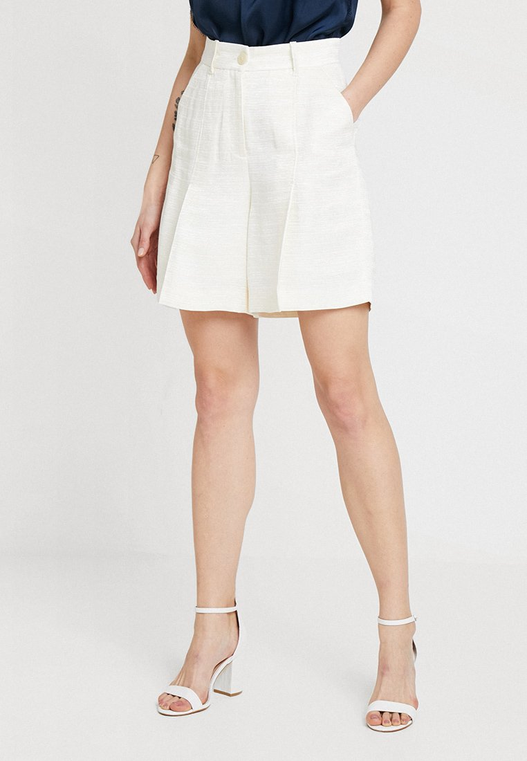 IVY & OAK - VOLUME - Shorts - ivory