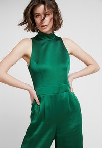 IVY & OAK - STANDUP COLLAR - Jumpsuit - eden green - 3