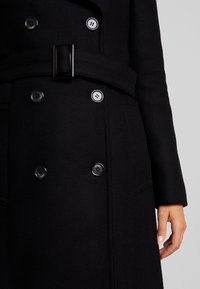 IVY & OAK - Gabardina - black - 5