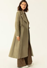 IVY & OAK - STATEMENT  - Abrigo - olive - 3