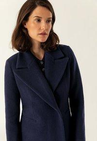 IVY & OAK - MAXI COAT - Płaszcz wełniany /Płaszcz klasyczny - navy blue - 5