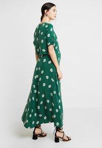 IVY & OAK - MATERNITY BOW SLEEVE DRESS - Maxi dress - eden green - 2