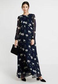 IVY & OAK - MATERNITY DRESS - Maxi dress - navy blue - 1