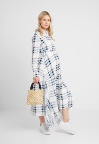 IVY & OAK Maternity - MATERNITY DRESS - Shirt dress - snow white - 2