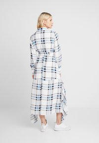 IVY & OAK Maternity - MATERNITY DRESS - Shirt dress - snow white - 3