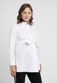 IVY & OAK Maternity - MATERNITY FLARED - Skjorta - bright white - 0