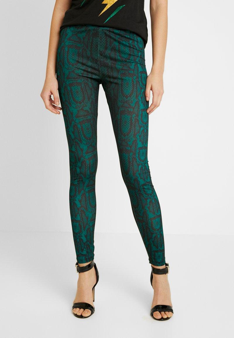 Ivyrevel - SLIM FIT PANTS - Pantalones - green snake