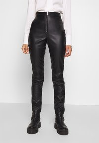 Ivyrevel - FAUX LEATHER TROUSERS - Skinnbyxor - black - 0