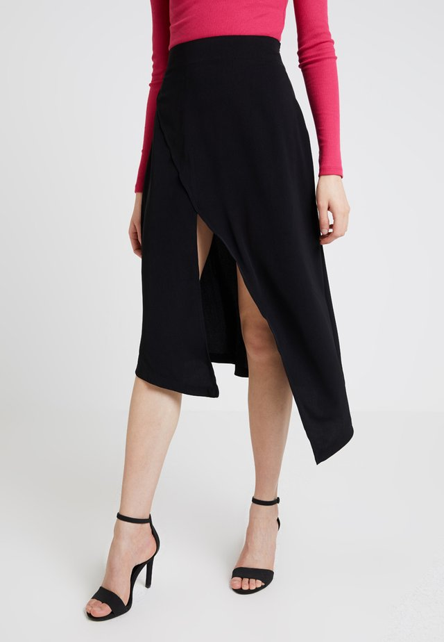 HIGH SLIT SKIRT - Omlottkjol - black