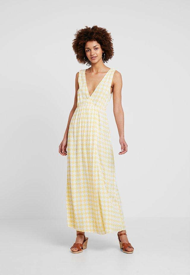 DRESS WITH SLIT - Maxiklänning - yellow