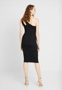 Ivyrevel - CUTOUT ONE SHOULDER DRESS - Koktejlové šaty/ šaty na párty - black - 2