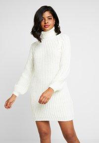 Ivyrevel - OVERSIZED DRESS - Pletené šaty - off white - 0
