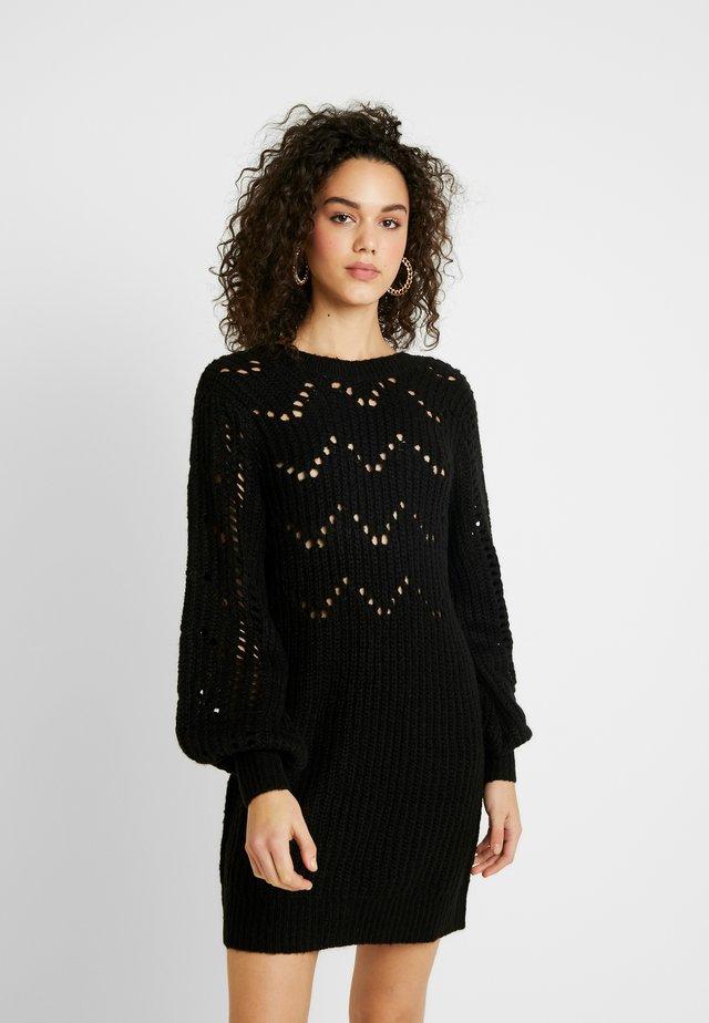 POINTELLE DRESS - Stickad klänning - black