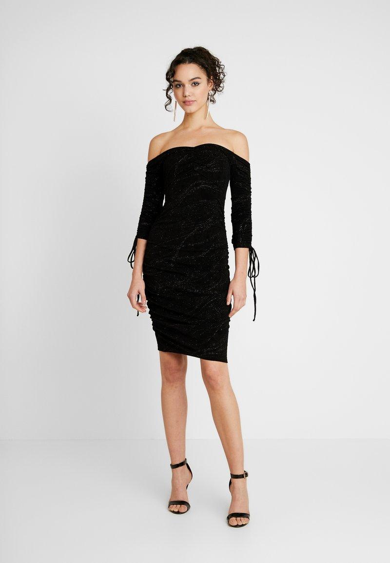 Ivyrevel - OFF SHOULDER SCRUNCH DRESS - Fodralklänning - black