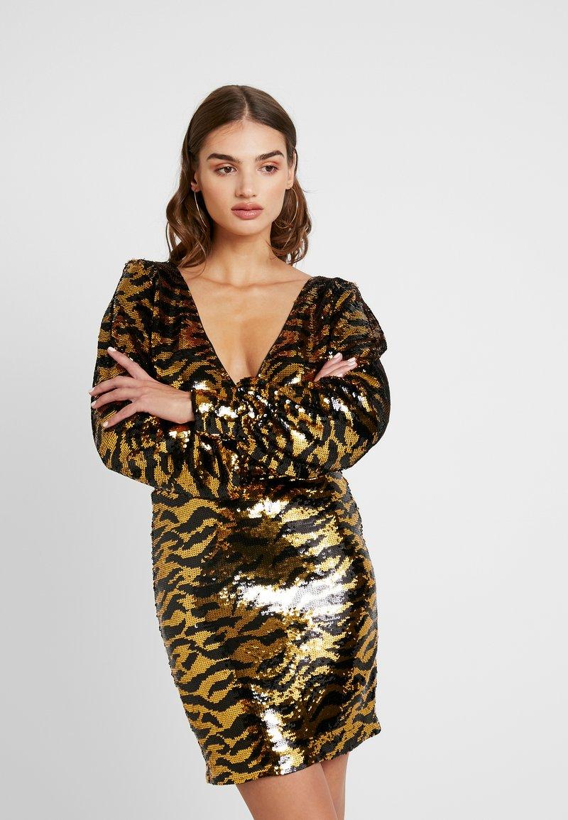 Ivyrevel - DEEP SEQUIN DRESS - Cocktailklänning - golden