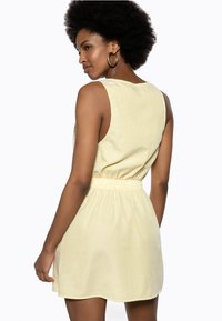 Ivyrevel - Day dress - yellow - 2