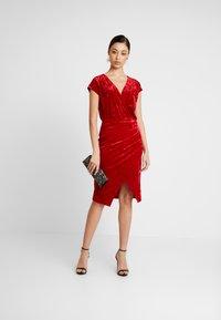 Ivyrevel - FRONT WRAP DRESS - Sukienka koktajlowa - red - 2