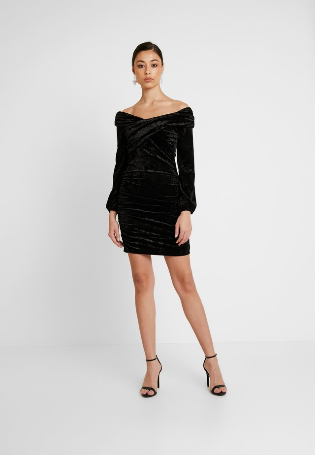 OFF SHOULDER DRESS - Fodralklänning - black