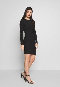Ivyrevel - BUTTON UP DRESS - Pouzdrové šaty - black - 1