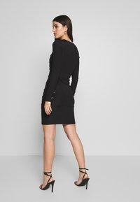Ivyrevel - BUTTON UP DRESS - Pouzdrové šaty - black - 2