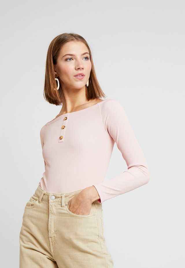 OFF SHOULDER - Top s dlouhým rukávem - blush