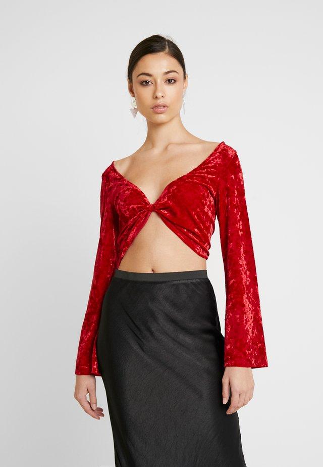 FLARED SLEEVE - Långärmad tröja - red