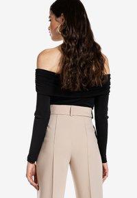Ivyrevel - CROSS FRONT  - Långärmad tröja - black - 2