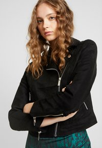 Ivyrevel - BIKER JACKET - Giacca in similpelle - black - 3