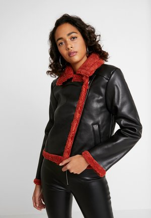 JACKET - Giacca in similpelle - black/burnt red