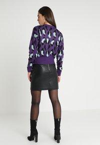 Ivyrevel - BAT SLEEVE - Stickad tröja - purple/light blue/black - 2