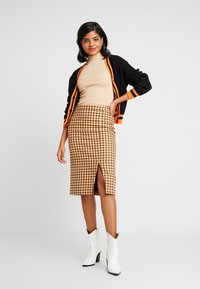 Ivyrevel - CARDIGAN - Kofta - black/orange - 1