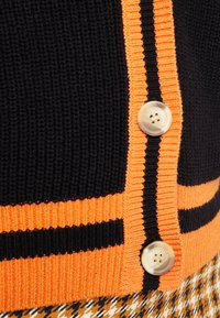 Ivyrevel - CARDIGAN - Kofta - black/orange - 5