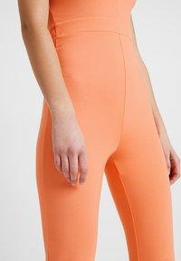 Ivyrevel - V NECK FLARED - Overall / Jumpsuit - orange - 3